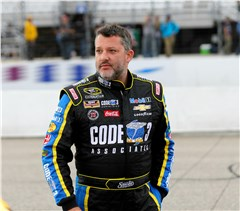 Stewart's Chase Takes Hit at New Hampshire