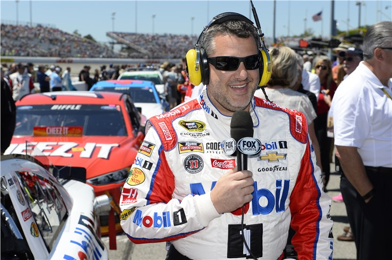 Tony Stewart Media Gallery Toyota Owners 400